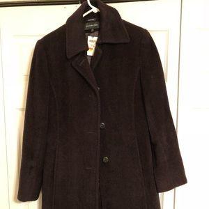 Stylish Jones New York winter coat